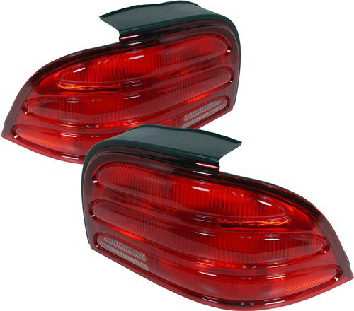 Mustang Tail Light Assembly Kit (94-95)