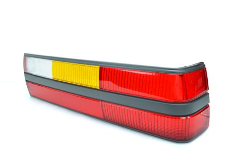 Mustang Tail Light Lens - RH (85-86)