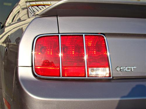 Mustang Tail Light Trim Chrome  (05-09)