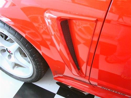 Mustang V6 & 01 Cobra Quarter Panel Side Scoop Insert RH (01-04)