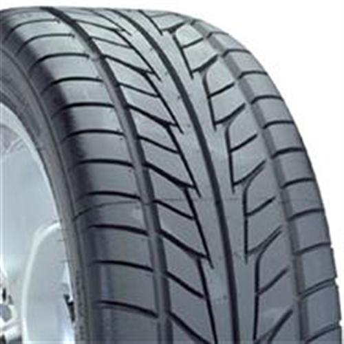 Nitto NT555 255/40/17 - Picture of Nitto NT555 255/40/17