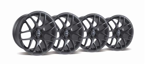 Mustang RTR Wheel Kit 19x9.5 Charcoal (05-14) - Picture of Mustang RTR Wheel Kit 19x9.5 Charcoal (05-14)