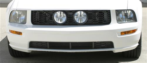 Mustang V6 Center Fog Light Grille Kit (05-09)