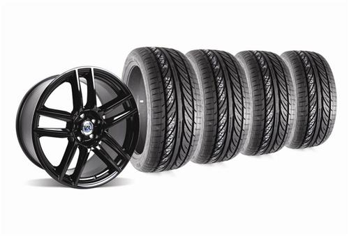 Mustang Boss 302 S Wheel And Tire Kit 19X9 & 19X10 Gloss Black (05-14) - Picture of Mustang Boss 302 S Wheel And Tire Kit 19X9 & 19X10 Gloss Black (05-14)