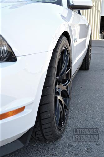 SVE  Mustang Drift Wheel - 19X9.5 Flat Black (05-15)